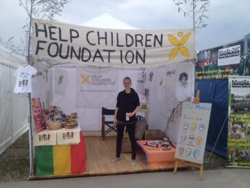 helpchildrenfoundation-stand-afrika-tage-muenchen-000
